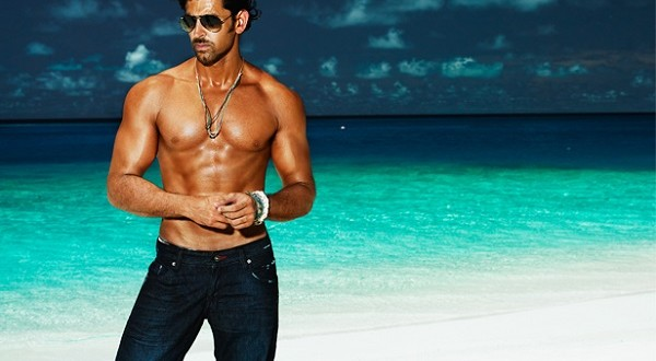 Hrithik Roshan signs Yash Raj Films' next action film!