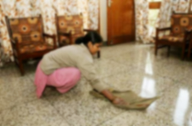 Maid from Jharkhand thrown off the 8th floor dies