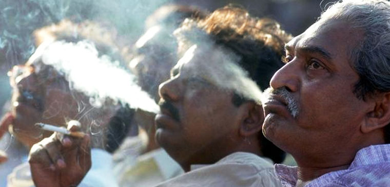 Number of male smokers in India rose 36 percent since 1998